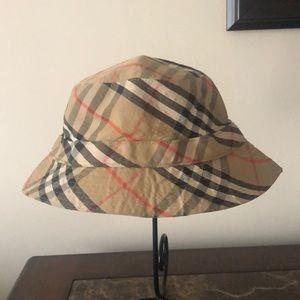 Burberry Vintage Bucket Hat